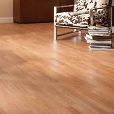 best laminate flooring pros cons reviews and tips and Laminate Flooring Pros And Cons