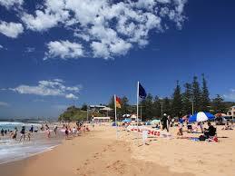 Wollongong Beach House - wollongong beaches plan a beach holiday surfing paragliding