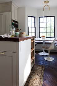White Dove Kitchen Cabinets by Kitchen Of The Week Practicality In White Marble Remodelista