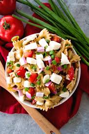 bruschetta caprese pasta salad recipe julie u0027s eats u0026 treats