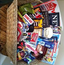 Overnight Gift Baskets Best 25 House Guest Gifts Ideas On Pinterest Murphy Bed Plans