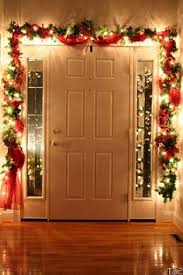 10 easy christmas decorations anyone can master doors easy