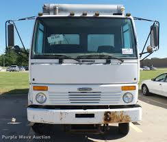 2004 freightliner fc80 box truck item da7878 sold june