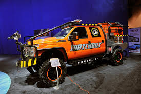 Ford Raptor Super Truck - 2011 ford f 350 super duty by superlift suspensions conceptcarz com
