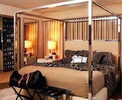 cheetah bedrooms cheetah print wallpaper for bedroom the best leopard print bedroom
