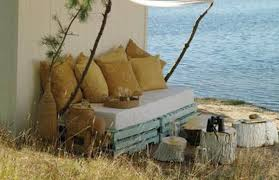 Wooden Outdoor Daybed Furniture by 39 Ideas About Pallet Outdoor Furniture For Modern Look Wooden