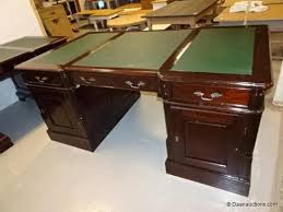 engels bureau type chesterfield daan auctions