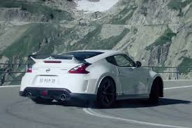 nissan 370z or toyota gt86 nissan 370z nismo races a base jumper video