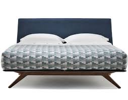 Queen Bed Hepburn Queen Size Bed 351aq Hivemodern Com