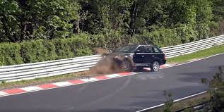land rover queens watch a range rover sport suffer a totally unnecessary crash on