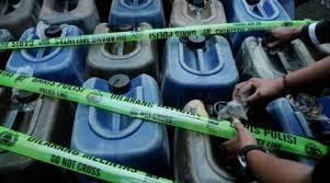 Minyak Tanah Per Liter het minyak tanah di kabupaten jayapura rp 3 300 per liter kbr