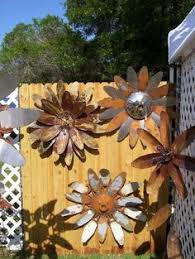 Recycled Garden Art Ideas - rustic u0026 recycled garden art ideas garden art and gardens