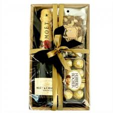 Wine Set Gifts Moet U0026 Chandon Gift Set Wine Bubbly And More Gifts And