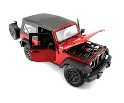 red toy jeep maisto 1 18 special edition 2014 jeep wrangler 31676 red