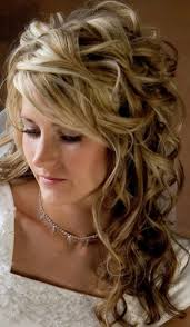 prom hairstyles for long curly hair half up half down