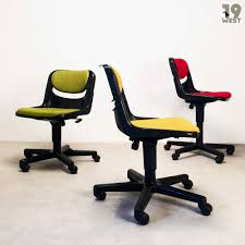 Office Swivel Chair Dorsal Office Swivel Chairs Giancarlo Piretti Vitra