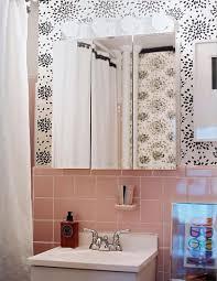 1940s bathroom design 1000 images about 1940s salmon tile bathroom ideas on