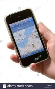 Google Maps Navigation Halten Sie Iphone Zeigt Google Maps Navigation Stockfoto Bild