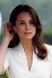 kate middleton s shocking new hairstyle kate middleton s royal tour 2016 in dresses what kate wore in
