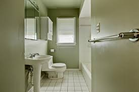 do it yourself bathroom remodel ideas diy bathroom remodel diy bathroom remodel on a budget diy budget