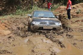 mitsubishi outlander off road mitsubishi pajero sport off road trails in hyderabad carsizzler com
