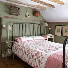 how to make a bed table bedroom design bedroom decorating ideas white roof space and wooden
