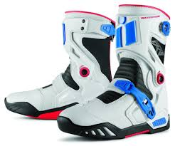 mens motorcycle racing boots 133 11 icon mens raiden dkr armored rear entry zip 204627