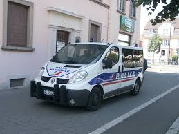 renault skala show your country u0027s common models used as police cars cars