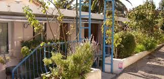 meuble cuisine cagne location saisonnière villa nazareth à cagnes sur mer
