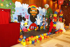 party backdrops mickey mouse party decorations balloon decoration ideas