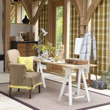 Simple Wooden Office Table Interesting And Simple Decorating Ideas For Small Office With Gray