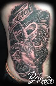 tatouage bracelet avant bras les 25 meilleures idées de la catégorie tatouages de nom d u0027enfant