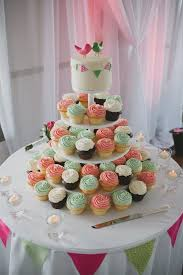25 cupcake wedding favors ideas best 25 coral cupcakes ideas on coral cake pretty