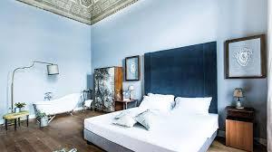 image d une chambre du bleu pour une chambre apaisante