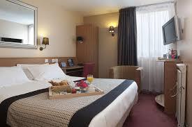 chambre kyriad kyriad roissy villepinte sur hôtel à
