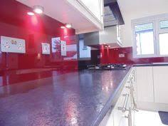 wine red u0026 black glass kitchen splashback by creoglass design