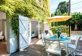 5 bedroom holiday rental villa with pool in south of france