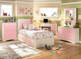 Disney Bedroom Decorations Disney Bedroom Ideas Grousedays Org