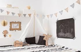 tipi pour chambre le tipi pour chambre d enfants l abri magique des enfants