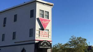 lot of memories u0027 oldest bar in massachusetts closing necn
