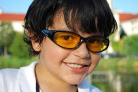 tinted glasses for light sensitivity do coloured irlen lenses really improve dyslexia and reading