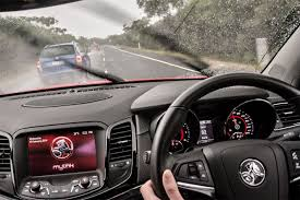 2017 holden commodore review live updates whichcar