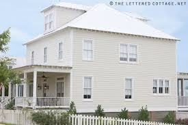 benjamin moore historical colors carrington beige on the siding