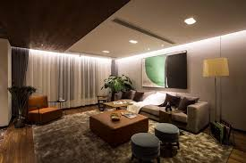 revetement plafond chambre le revêtement mur et plafond en bois donne le ton à la déco de chambre