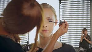 in switzerland l oréal has adopted an unprecedented approach to diity inclusion the pany is not only recruiting persons with diities for