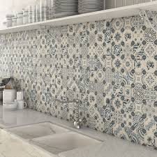 Kitchen Tile Ideas Photos Best 25 Mosaic Tiles Ideas On Pinterest Tile Tables Mosaic