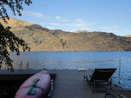 Tift Lake House 2 Bd Vacation Rental In Chelan Wa Vacasa by Lovely Home On Lakefront W Tub Vrbo