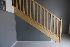 Placard Sous Escalier Avec Tablettes Impressionnant Porte Sous Escalier Avec Rangement Sous Escalier Un