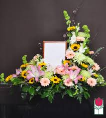 flower delivery honolulu beretania florist beretania s kaanapali urn honolulu hi
