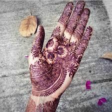 henna design on instagram 5 modern mendhi instagram accounts we are crushing on mamanushka